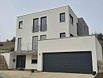 Einfamilienhaus mit Doppelgarage am Hang in Heidenheim